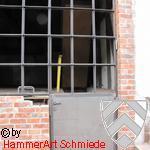 Sproßenfenster mit Tür